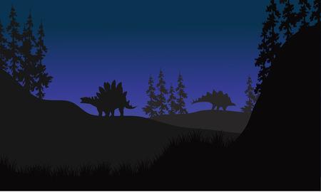 stegosaurus: estegosaurio en paisaje campos en la noche ilustraci�n vectorial Vectores