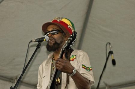 rasta colors: LAUGHLIN, NV - AUGUST 18, 2012  Reggae singer Smoothie Jones entertains at Jamaican Me Crazy concert at Avi Casino in Laughlin, NV on August 18, 2012