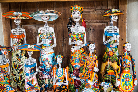 Mexican Ceramic Folk Art for Day of the Dead 版權商用圖片 - 51618759