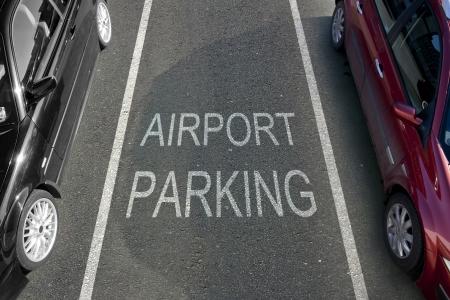 Airport Parking baai met witte aftekeningen Stockfoto