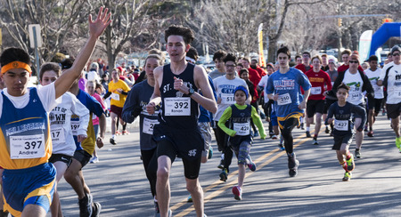 Garden City, NY, USA – 24 March 2018: Sart at the Run for Tomorrows Hope Foundation 5K, to support Catholic Education on Long Island. Sajtókép