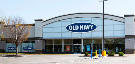 Bay Shore, New York, USA - 25 April 2020: An empty parking lot in front of a closed Old Navy store due to the cdc shutdown orders during the coronavirus COVID-19 pandemic. Editorial
