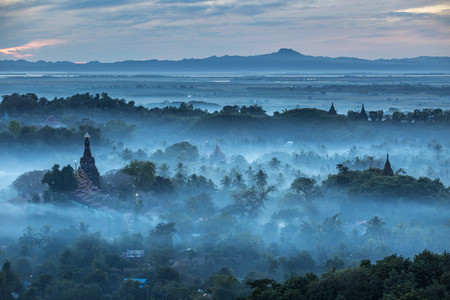 Mrauk-U city in Myanmar, Ancient city and history of buddhist is landmark destinations. Stok Fotoğraf