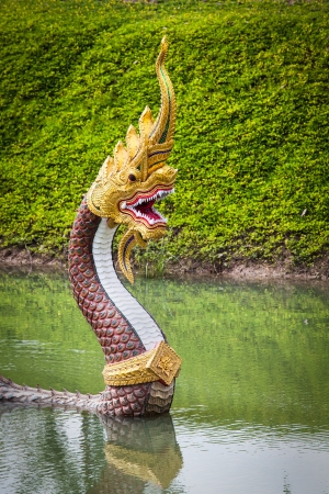 Big snake wes of virulent poison, great prowess and excess of strength guard in the river in front of temple
