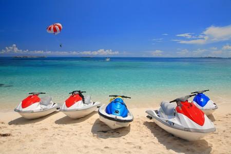 bahamas: Jetski op Paradise Island strand van Atlandtis, Nassau, Bahama's. Stockfoto