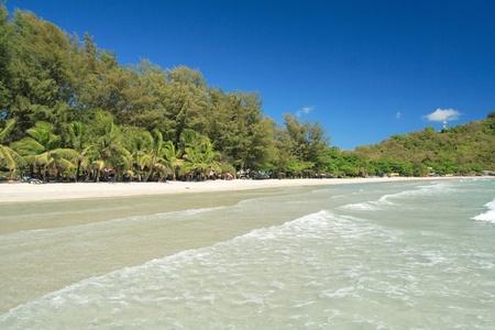 Große Rayong Strand in Tageszeit, East Of Thailand Standard-Bild - 9018868