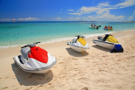 Colorful Jetski on the beach of holiday season , Bahamas Standard-Bild