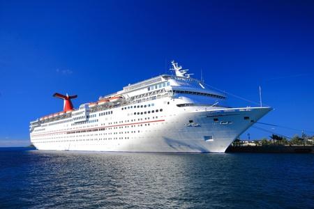 バハマ桟橋都市景観のナッサウ、カリブ海