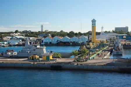 Bahamas Pier Landschaft in Nassau Stadt, der Karibik Standard-Bild - 12770150