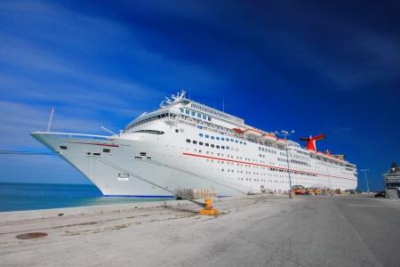 Vacation Tag in Key West, mit lustigen Schiff. Standard-Bild - 15273583