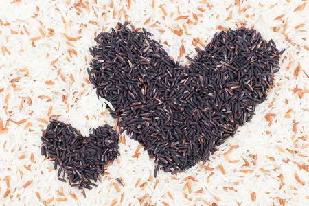 Rice-berry, black hearts In brown rice