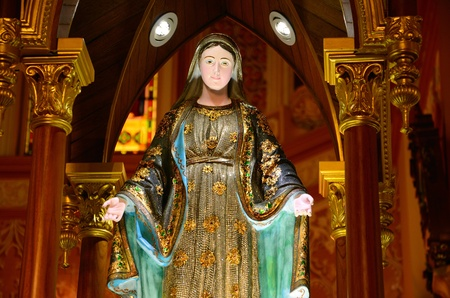 Virgin Mary statue photo