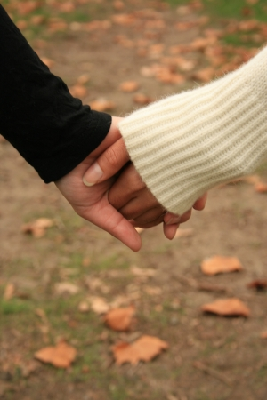 young lovers: holding hands
