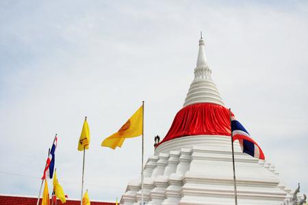 nontaburi: Thai pagoda in Wat Poramaiyikawad Koh Kret Nontaburi