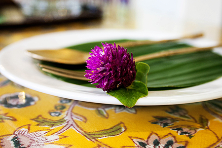 Thai tea and dessert cafe Place setting with flower Stock Photo