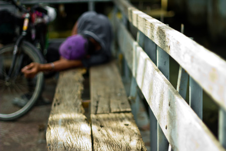 vagabond: Homeless man on a park bench