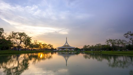 landscape of Suan Luang Rama 9 with evening with twilight sky, Suan Luang Rama 9 is a name of park in Bangkok Thailand Standard-Bild