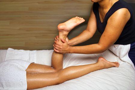 piernas sexys: LEG MASAJE  Foto de archivo
