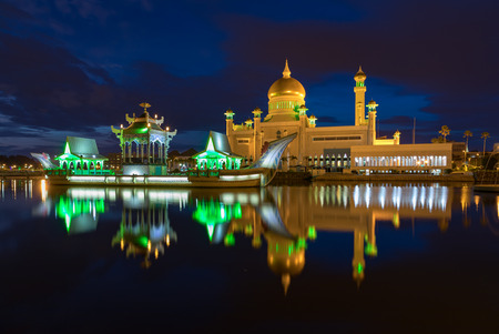 Brunei Darussalam Bandar Seri Begawan Sultan Omar Ali Saifuddien Mosque March 15, 2018. One of Brunei's most important mosques at night