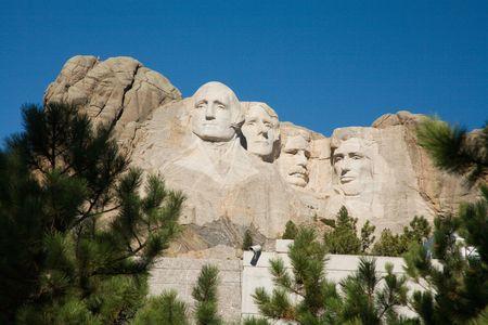 mt: Mt Rushmore