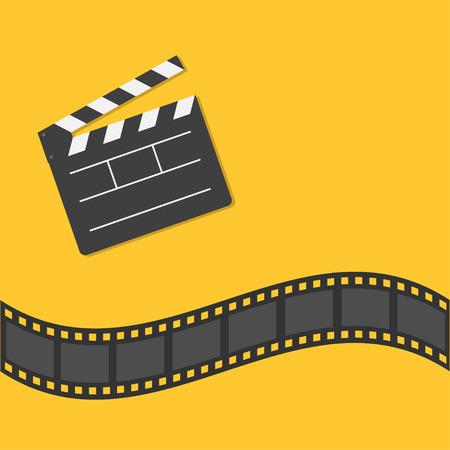 열려있는 영화 했 보드 서식 파일 아이콘. 필름 스트립 테두리. 평면 디자인 스타일에서 시네마 영화 밤 아이콘입니다. 노란색 배경입니다. 벡터 일러 일러스트