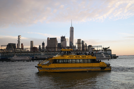 New York City Taxi Boat Skyline yellowo USA yellow .