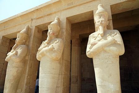 Mortuary Temple of Hatshepsut Egypt Luxor Ruin Pharaoh Archeology . Banco de Imagens