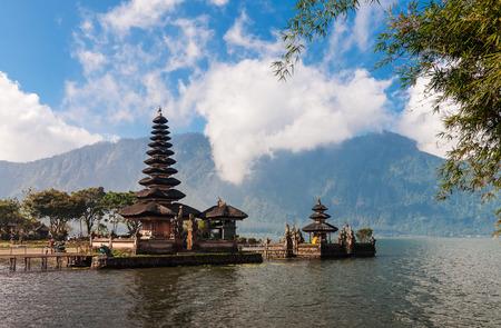 ulun: Pura Ulun Danu temple on a lake Bratan, Bali, Indonesia
