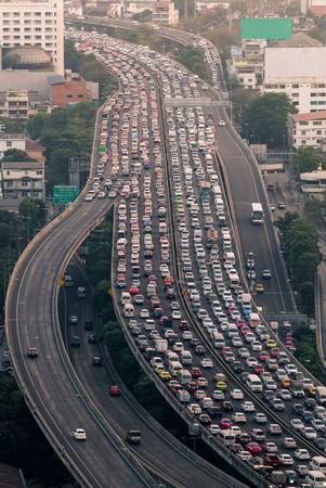 Verkeersopstopping op de uitdrukkelijke manier Bangkok, Thailand Stockfoto