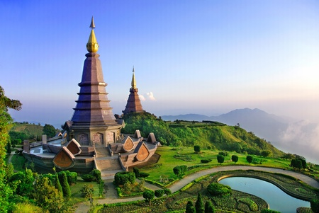 were: These pagoda were built to honor the King and Queen  of Thailand