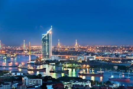 La ville de Bangkok au crépuscule