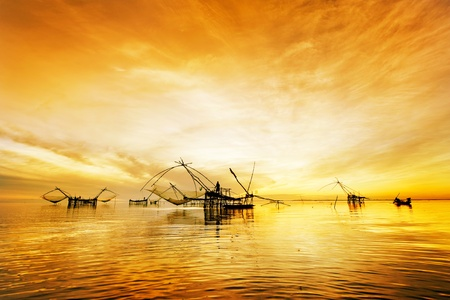 fishing nets: fisherman get fishing nets from river