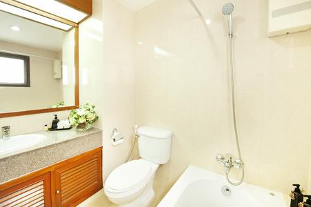 bath room: bath room in villa resort