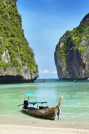 pp: traditional Thai boats in the Maya Bay of Phi Phi island