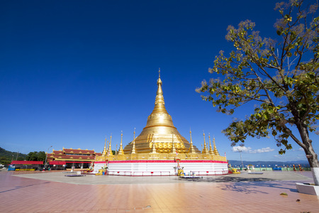 Tachileik Shwedagon Pagoda, Tachileik, Myanmar
