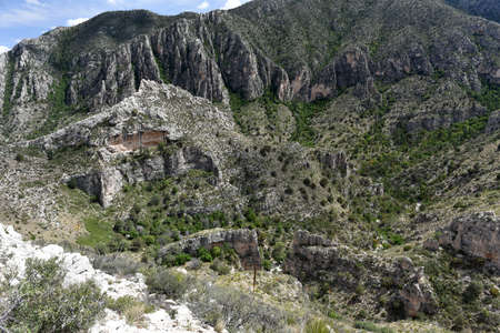 Spectacular view of Texan cliffs from the Tejas Trail