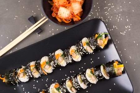 Chamchi Kimbap or Gimbap Korean food with tuna like japan sushi Banco de Imagens