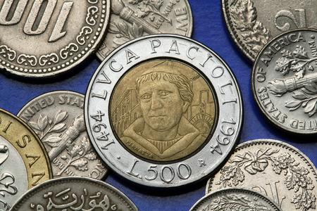 bimetallic: Coins of Italy. Italian Renaissance mathematician Luca Pacioli depicted in the old Italian 500 lira coin. Stock Photo