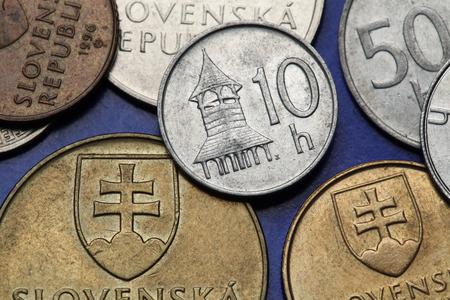 octagonal: Monedas de Eslovaquia. Campanario octogonal de madera de Zemplin representa en el eslovaco moneda 10 hailers.