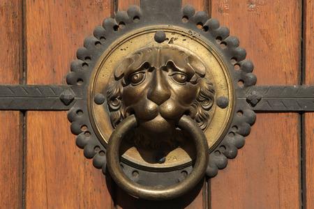 thomas: Knocker at a door of St Thomas Church (Thomaskirche) in Leipzig, Saxony, Germany.