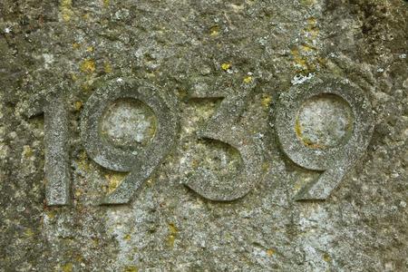 cronologia: A�o 1939 tallada en la piedra. Los a�os de la Segunda Guerra Mundial. Foto de archivo