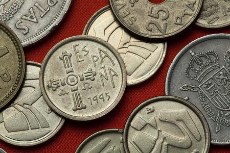 Coins of Spain. Asturian medieval Cruz de la Victoria (Victory Cross) depicted in the Spanish five peseta coin (1995).
