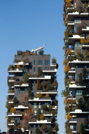 bosco: MILAN, ITALY - NOVEMBER 7, 2015: Bosco Verticale (Vertical Forest) residential towers in the Porta Nuova district in Milan, Lombardy, Italy. Editorial