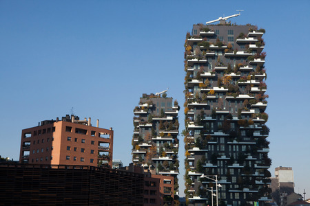 bosco: MILAN, ITALY - NOVEMBER 6, 2015: Bosco Verticale (Vertical Forest) residential towers in the Porta Nuova district in Milan, Lombardy, Italy. Editorial