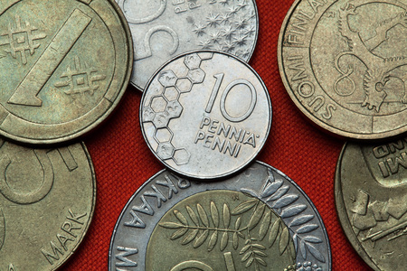 Coins of Finland. Honeycomb depicted in the Finnish 10 penni coin.