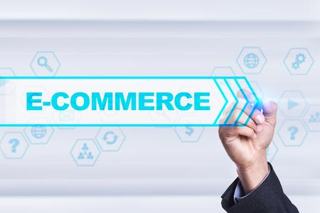 e commerce: Businessman drawing on virtual screen. e-commerce concept.