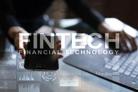 フィンテック。仮想画面上の金融技術のテキスト。ビジネス、インターネット、テクノロジーの概念。