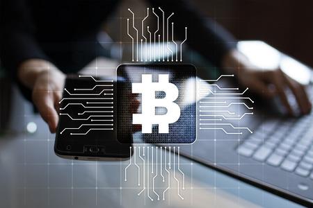 Bitcoin cryptocurrency . Internet-Technologie . Internet Konzept . Geschäftskonzept Standard-Bild - 91100976