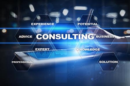 Conceito de negócio de consultoria. Texto e ícones na tela virtual.