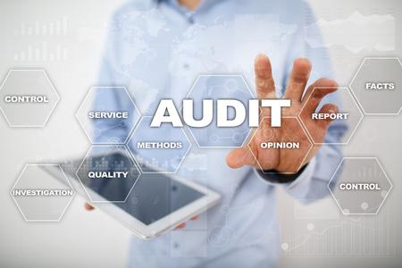 Audit business concept. Auditor. Compliance. Virtual screen technology. Archivio Fotografico